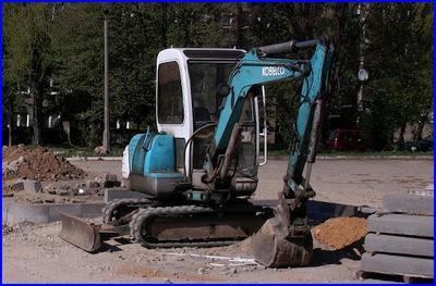 Roboty drogowe przy użyciu koparko ładowarki